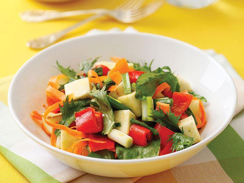 Enginarlı Bahar Salatası